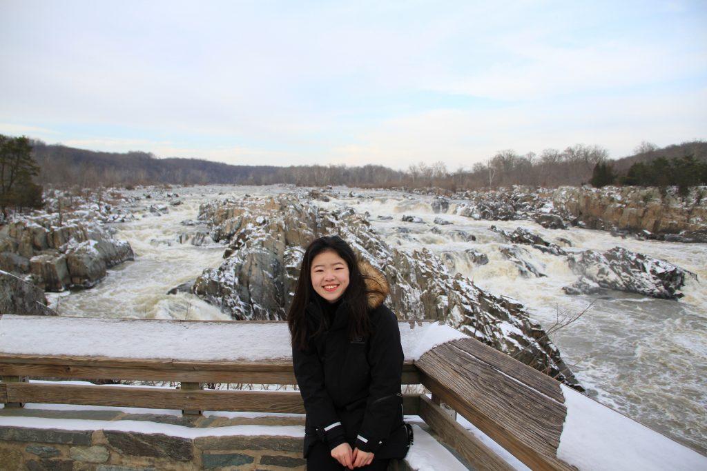 Leyi Ruan by a river